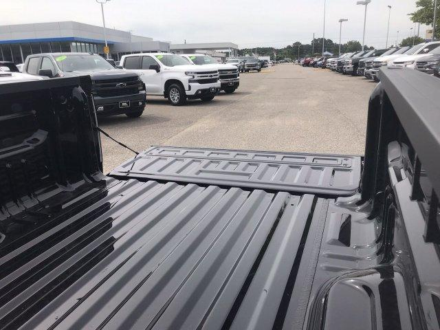 2019 Colorado Crew Cab 4x2,  Pickup #298868 - photo 17