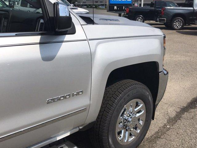 2019 Silverado 2500 Crew Cab 4x4,  Pickup #298885 - photo 10
