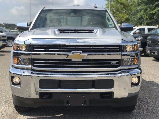 2019 Silverado 2500 Crew Cab 4x4,  Pickup #298885 - photo 3
