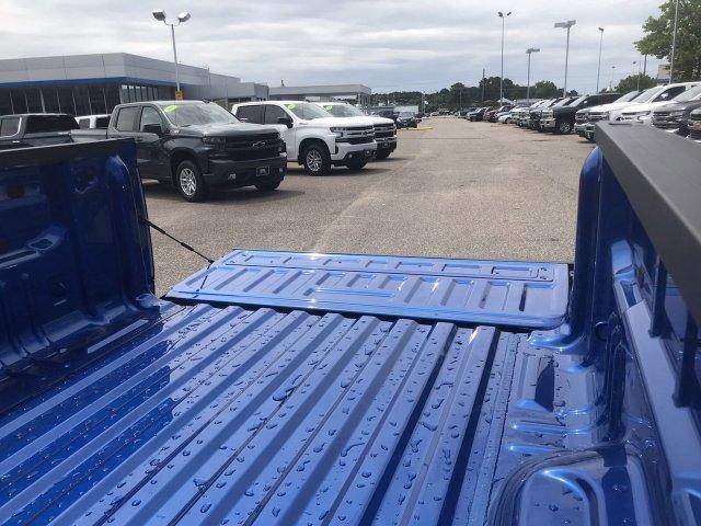 2019 Colorado Crew Cab 4x2,  Pickup #298899 - photo 16