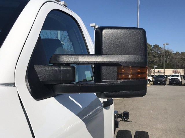 2020 Silverado 5500 Regular Cab DRW 4x4, Cab Chassis #CN02332 - photo 14