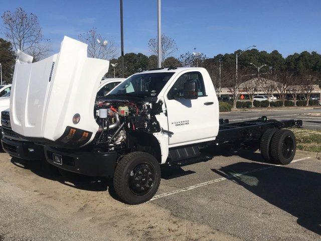 2020 Silverado 5500 Regular Cab DRW 4x4, Cab Chassis #CN02332 - photo 38