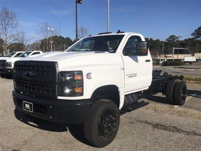 2020 Silverado 5500 Regular Cab DRW 4x4, Cab Chassis #CN02332 - photo 17