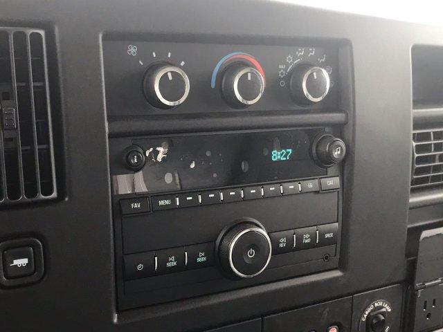 2020 Express 3500 4x2, Morgan Parcel Aluminum Cutaway Van #CN02696 - photo 27