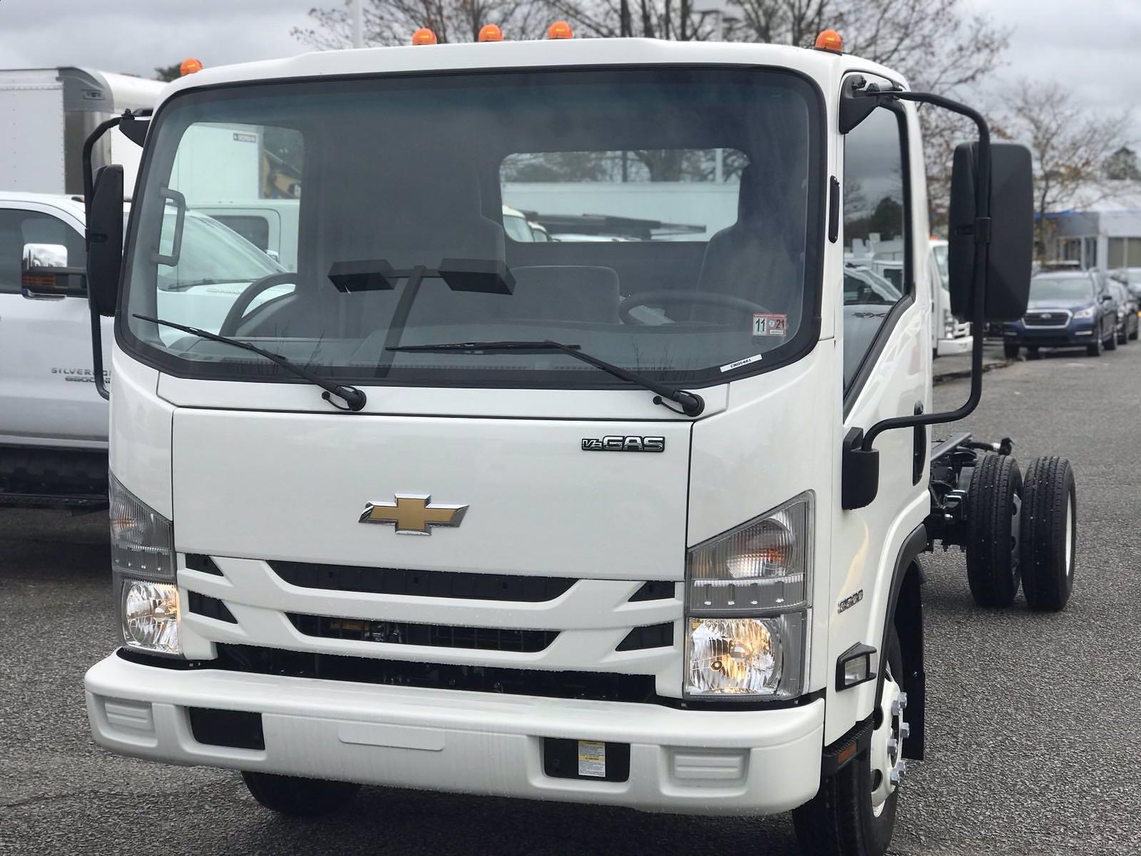 2020 Chevrolet LCF 3500 Regular Cab DRW 4x2, Cab Chassis #CN05463 - photo 11