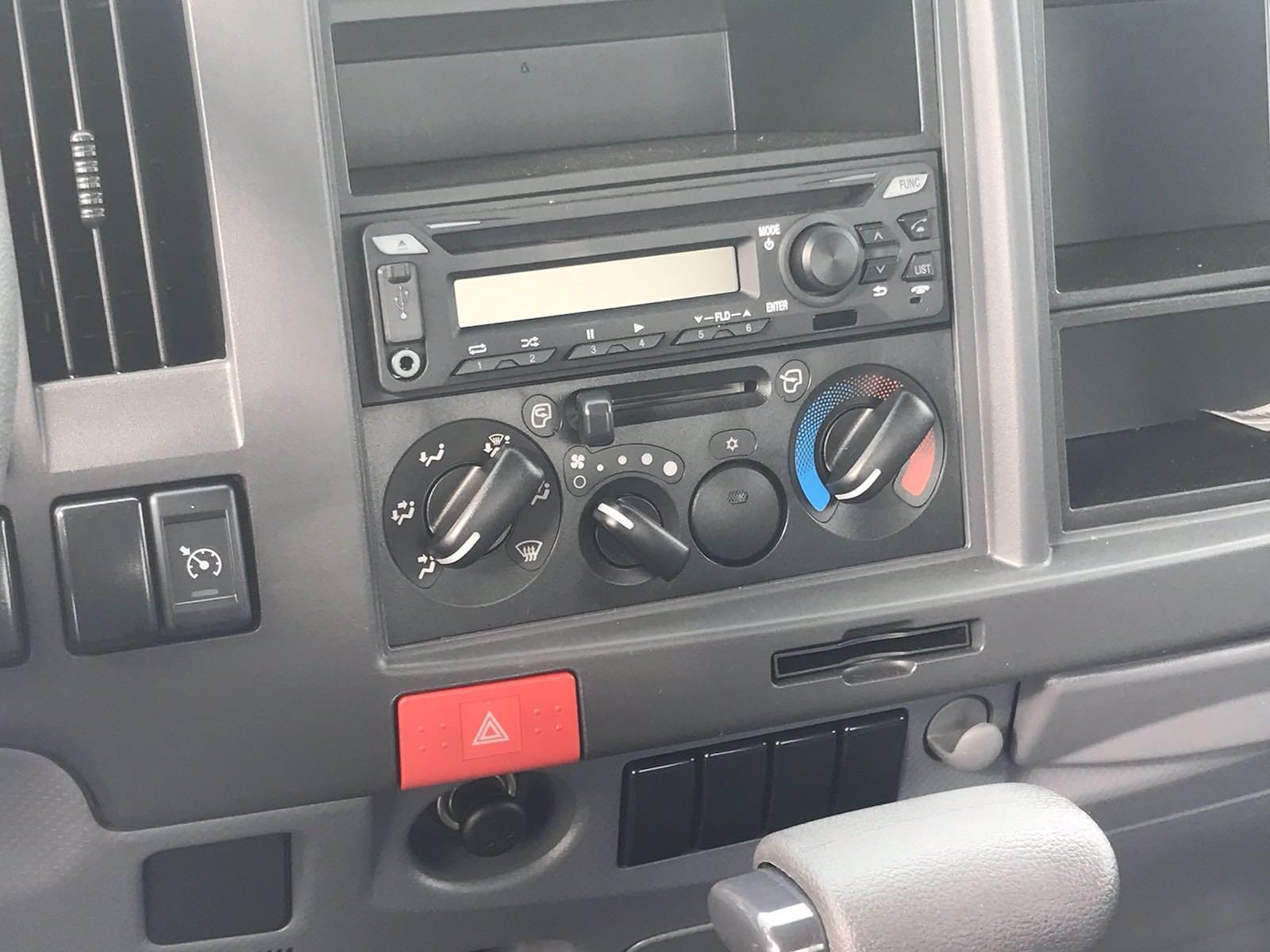 2020 Chevrolet LCF 3500 Regular Cab DRW 4x2, Dejana DuraBox Dry Freight #CN05463 - photo 25