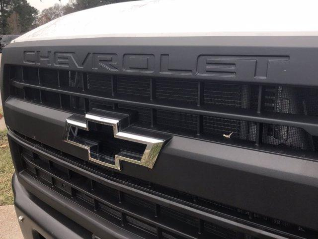 2020 Chevrolet Silverado 5500 Crew Cab DRW 4x2, Reading Platform Body #CN05741 - photo 15