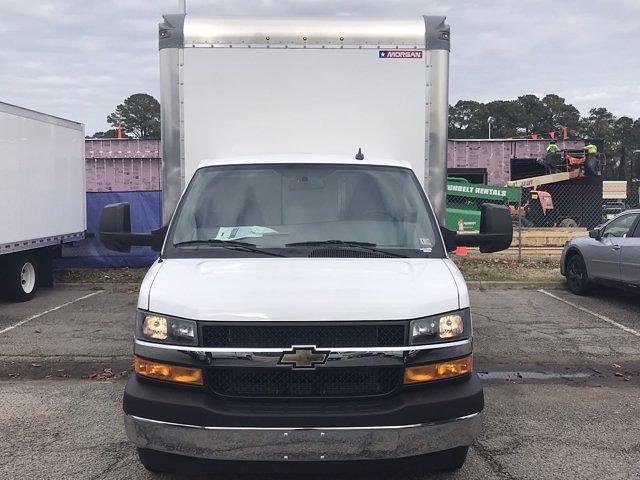 2020 Chevrolet Express 3500 DRW 4x2, Morgan Parcel Aluminum Cutaway Van #CN06012 - photo 3