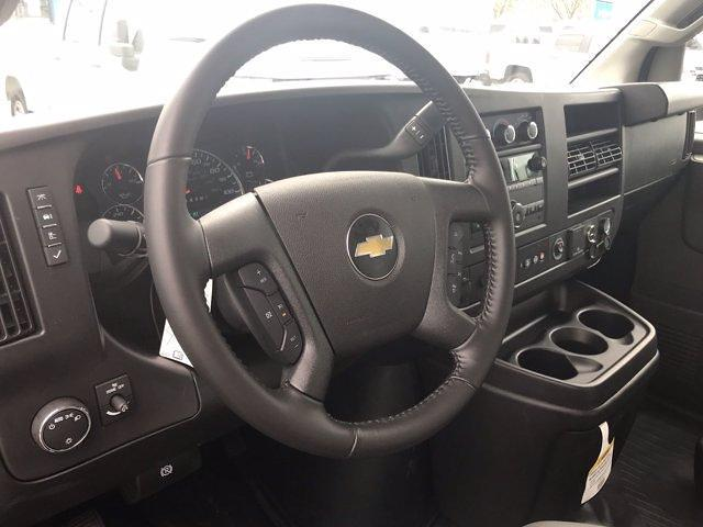 2020 Chevrolet Express 3500 DRW 4x2, Morgan Parcel Aluminum Cutaway Van #CN06012 - photo 25