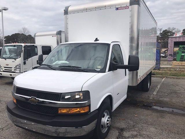 2020 Chevrolet Express 3500 DRW 4x2, Morgan Parcel Aluminum Cutaway Van #CN06012 - photo 4