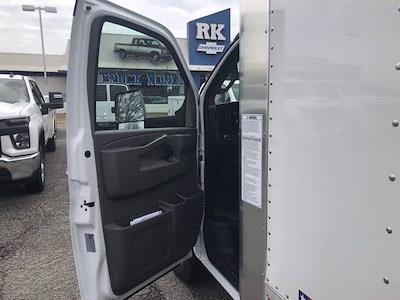 2020 Chevrolet Express 3500 DRW 4x2, Morgan Parcel Aluminum Cutaway Van #CN06012 - photo 22