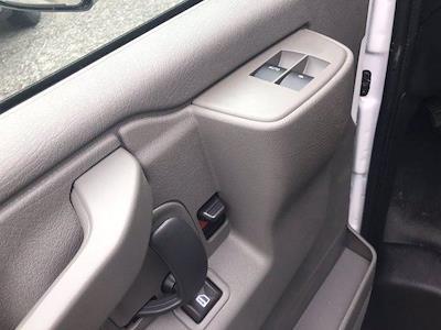 2020 Chevrolet Express 3500 DRW 4x2, Morgan Parcel Aluminum Cutaway Van #CN06012 - photo 23