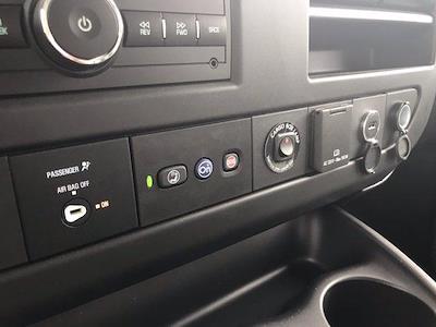 2020 Chevrolet Express 3500 DRW 4x2, Morgan Parcel Aluminum Cutaway Van #CN06012 - photo 34