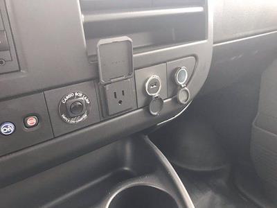 2020 Chevrolet Express 3500 DRW 4x2, Morgan Parcel Aluminum Cutaway Van #CN06012 - photo 35
