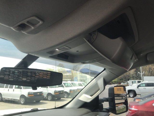 2019 Chevrolet Silverado Medium Duty Crew Cab DRW 4x4, Knapheide PGND Gooseneck Hauler Body #CN06124A - photo 31