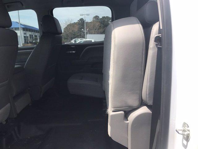 2019 Chevrolet Silverado Medium Duty Crew Cab DRW 4x4, Knapheide PGND Gooseneck Hauler Body #CN06124A - photo 37