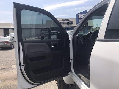 2019 Chevrolet Silverado Medium Duty Crew Cab DRW 4x4, Knapheide PGND Gooseneck Hauler Body #CN06124A - photo 20