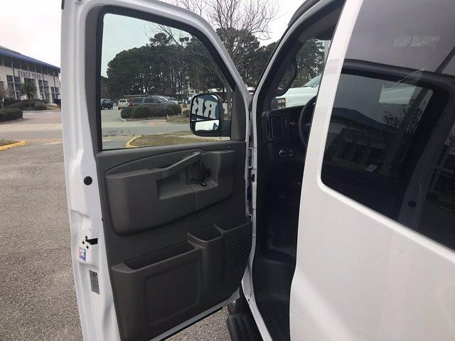 2020 Chevrolet Express 3500 4x2, Passenger Wagon #CN06734 - photo 26