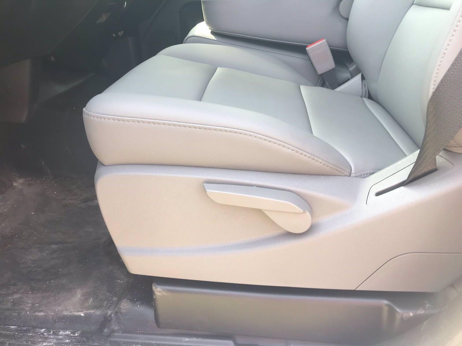 2020 Chevrolet Silverado 5500 Crew Cab DRW 4x2, J&B Truck Body Cutaway Van #CN06861 - photo 27