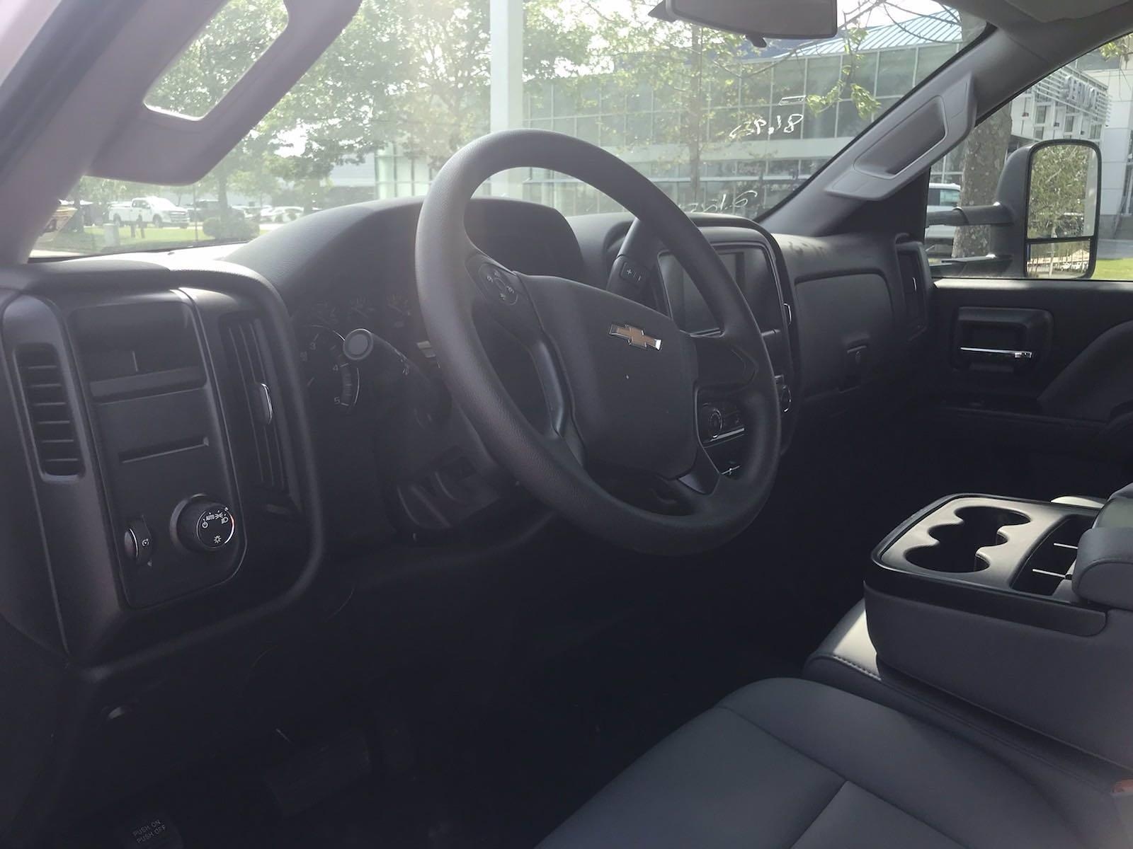 2020 Chevrolet Silverado 5500 Crew Cab DRW 4x2, J&B Truck Body Cutaway Van #CN06861 - photo 29