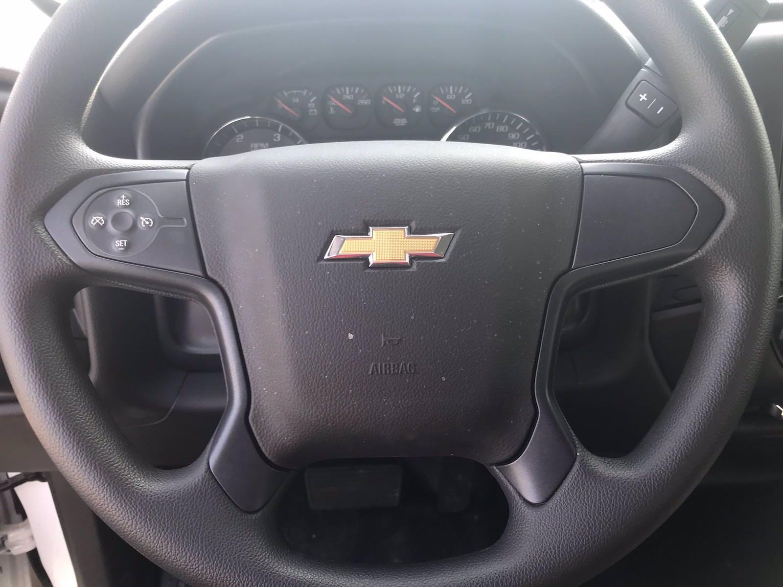 2020 Chevrolet Silverado 5500 Crew Cab DRW 4x2, J&B Truck Body Cutaway Van #CN06861 - photo 31