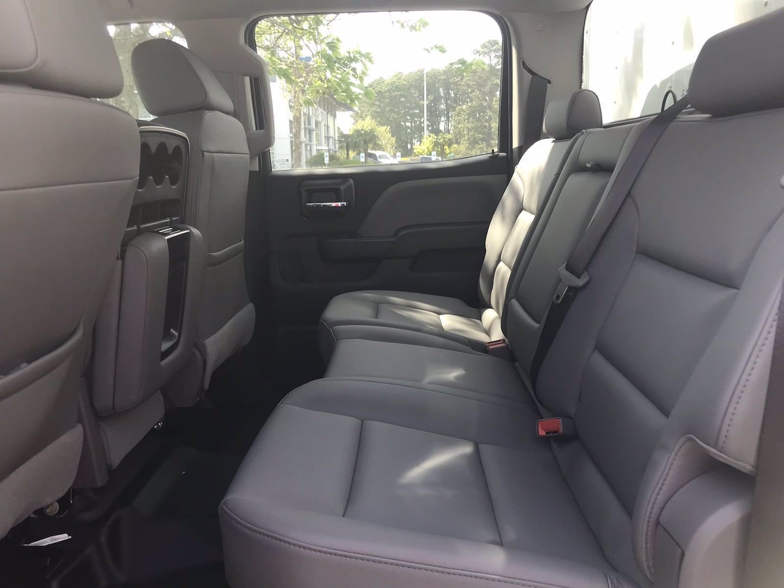 2020 Chevrolet Silverado 5500 Crew Cab DRW 4x2, J&B Truck Body Cutaway Van #CN06861 - photo 41