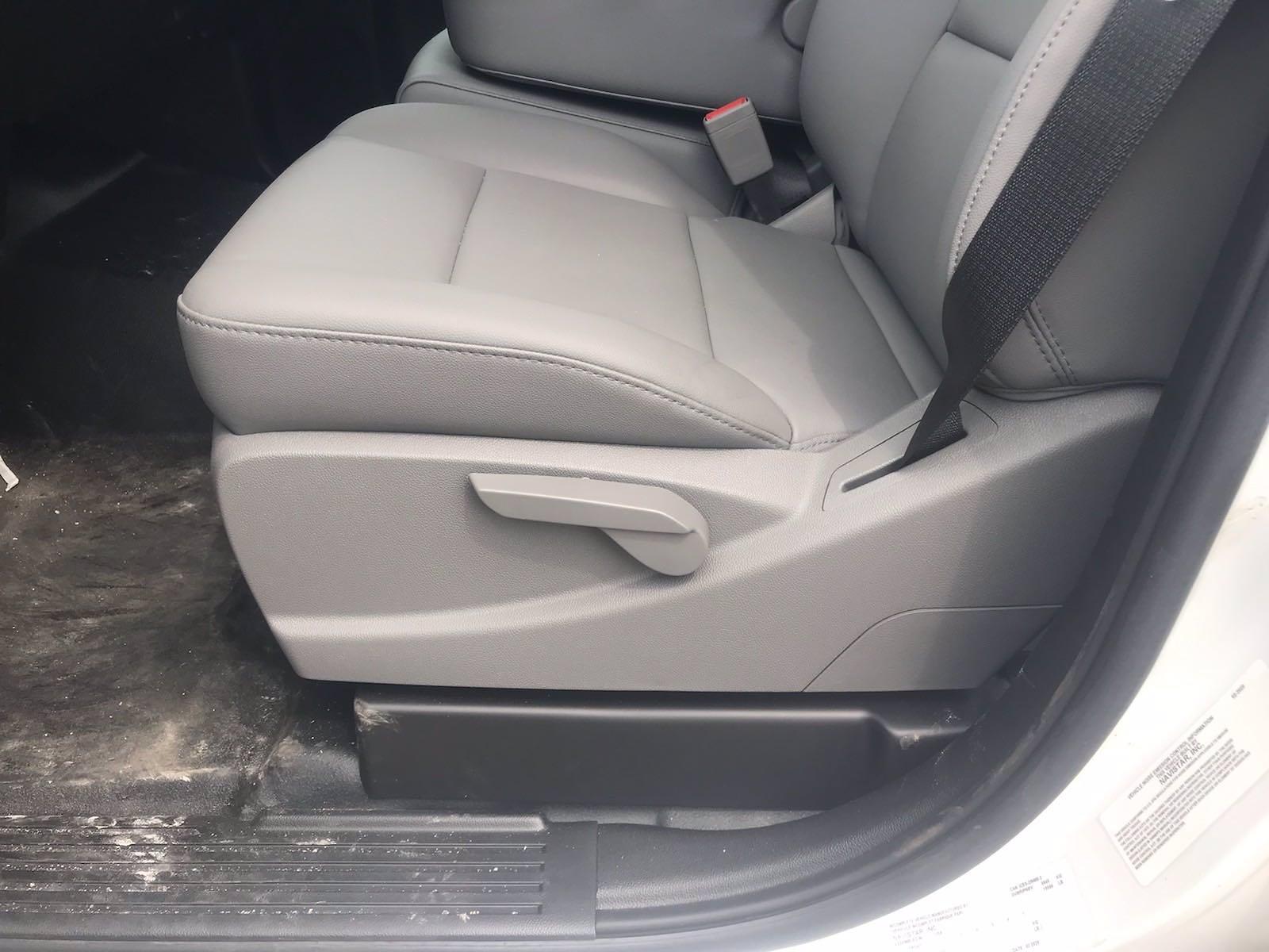 2020 Chevrolet Silverado 5500 Crew Cab DRW 4x2, J&B Truck Body Cutaway Van #CN06864 - photo 26