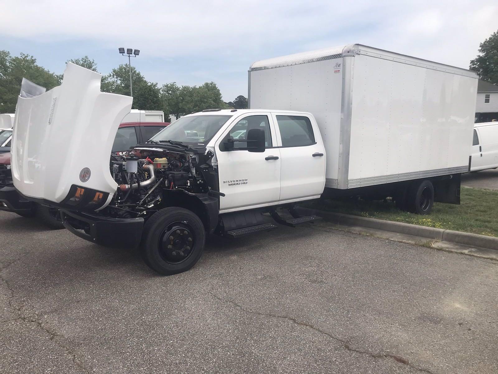 2020 Chevrolet Silverado 5500 Crew Cab DRW 4x2, J&B Truck Body Cutaway Van #CN06864 - photo 46