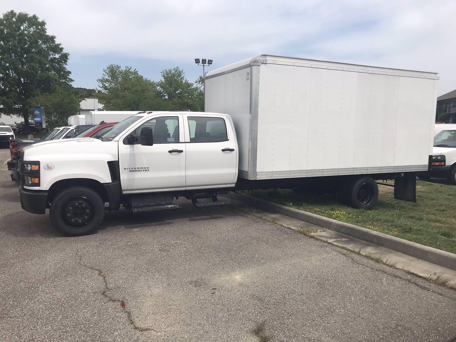 2020 Chevrolet Silverado 5500 Crew Cab DRW 4x2, J&B Truck Body Cutaway Van #CN06864 - photo 6