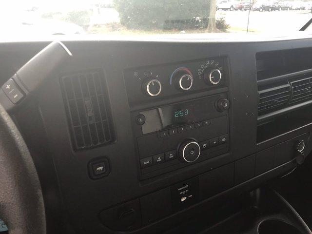 2013 Chevrolet Express 3500 4x2, Dejana Cutaway Van #CN15308A - photo 23
