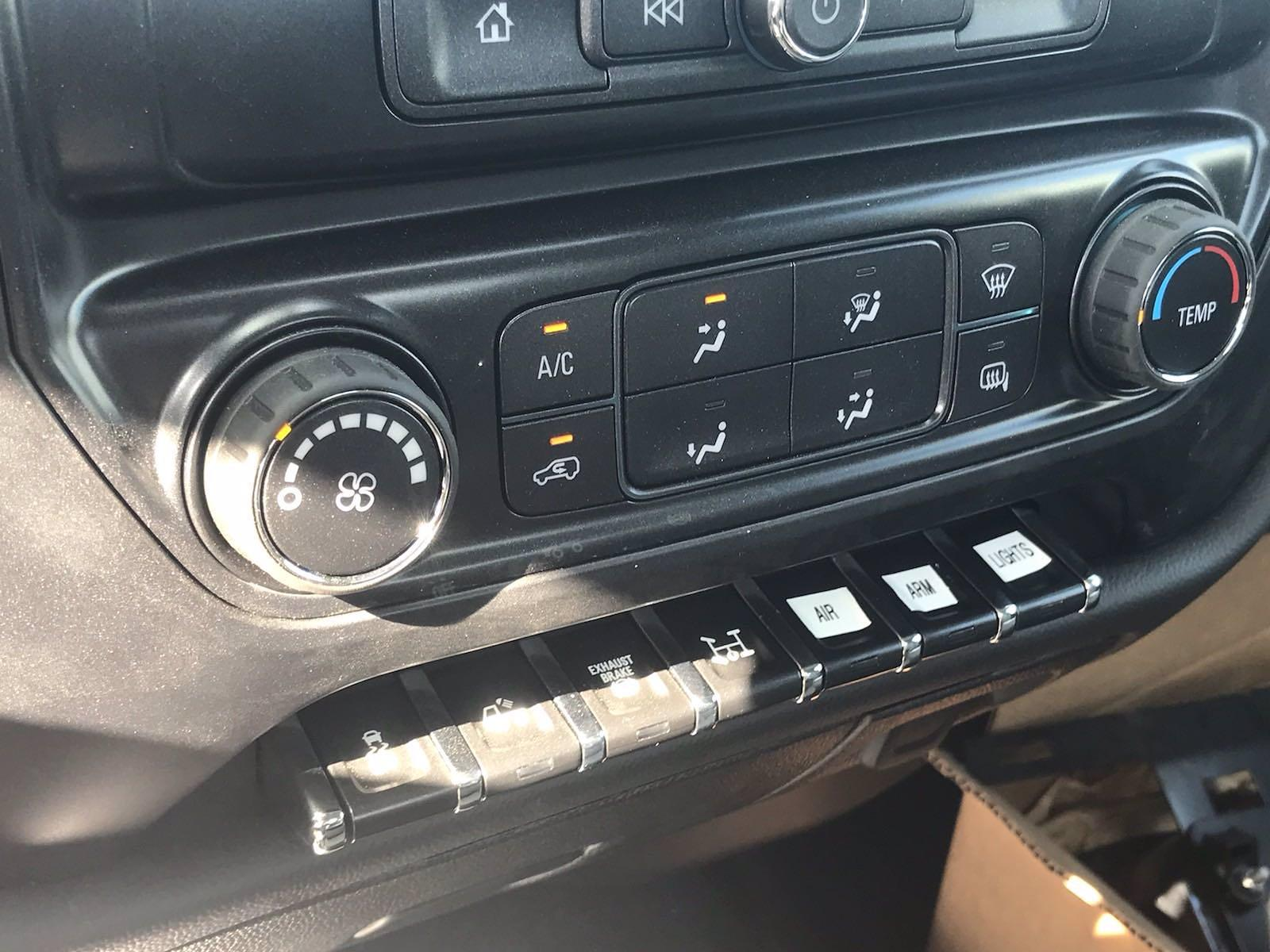 2021 Chevrolet Silverado 6500 Regular Cab DRW 4x4, Auto Crane Titan Mechanics Body #CN16141 - photo 47