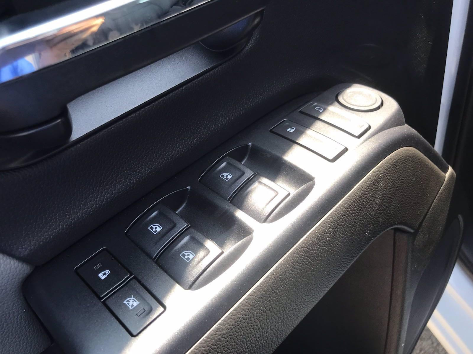 2021 Chevrolet Silverado 5500 Crew Cab DRW 4x4, Cab Chassis #CN16514 - photo 25