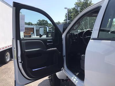 2021 Chevrolet Silverado 5500 Crew Cab DRW 4x4, Cab Chassis #CN16514 - photo 24
