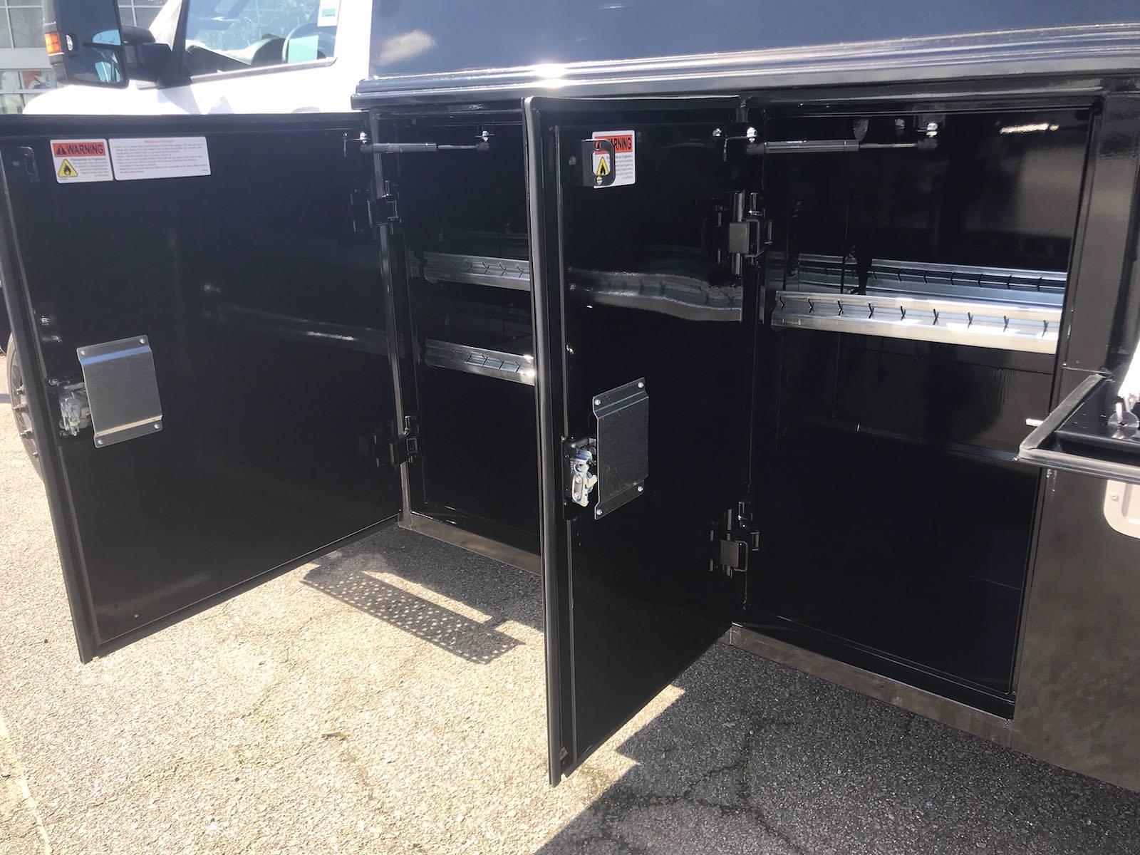 2021 Chevrolet Silverado 4500 Regular Cab DRW 4x4, Reading Panel Service Body #CN16515 - photo 15