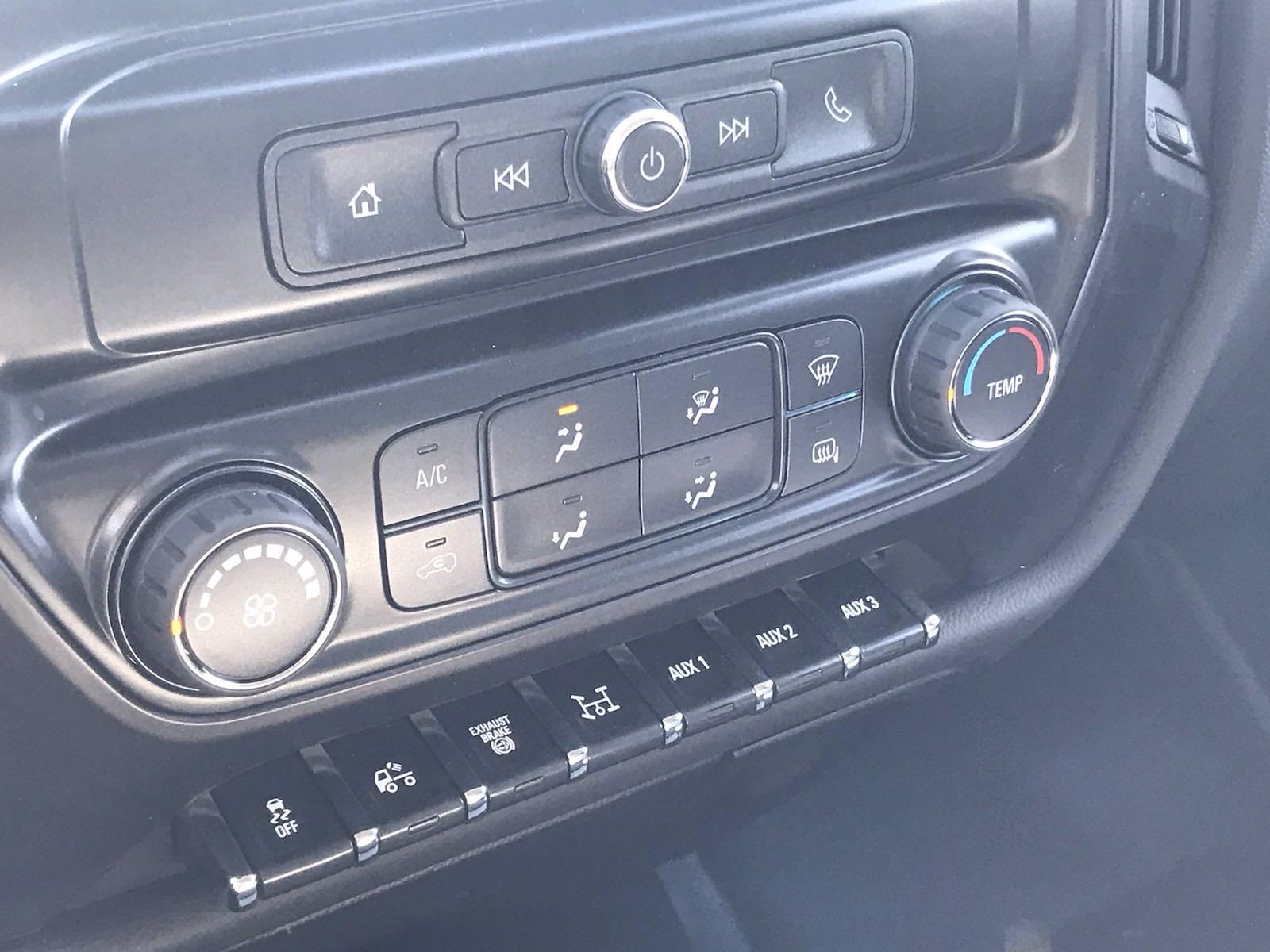 2021 Chevrolet Silverado 4500 Regular Cab DRW 4x4, Reading Panel Service Body #CN16515 - photo 41