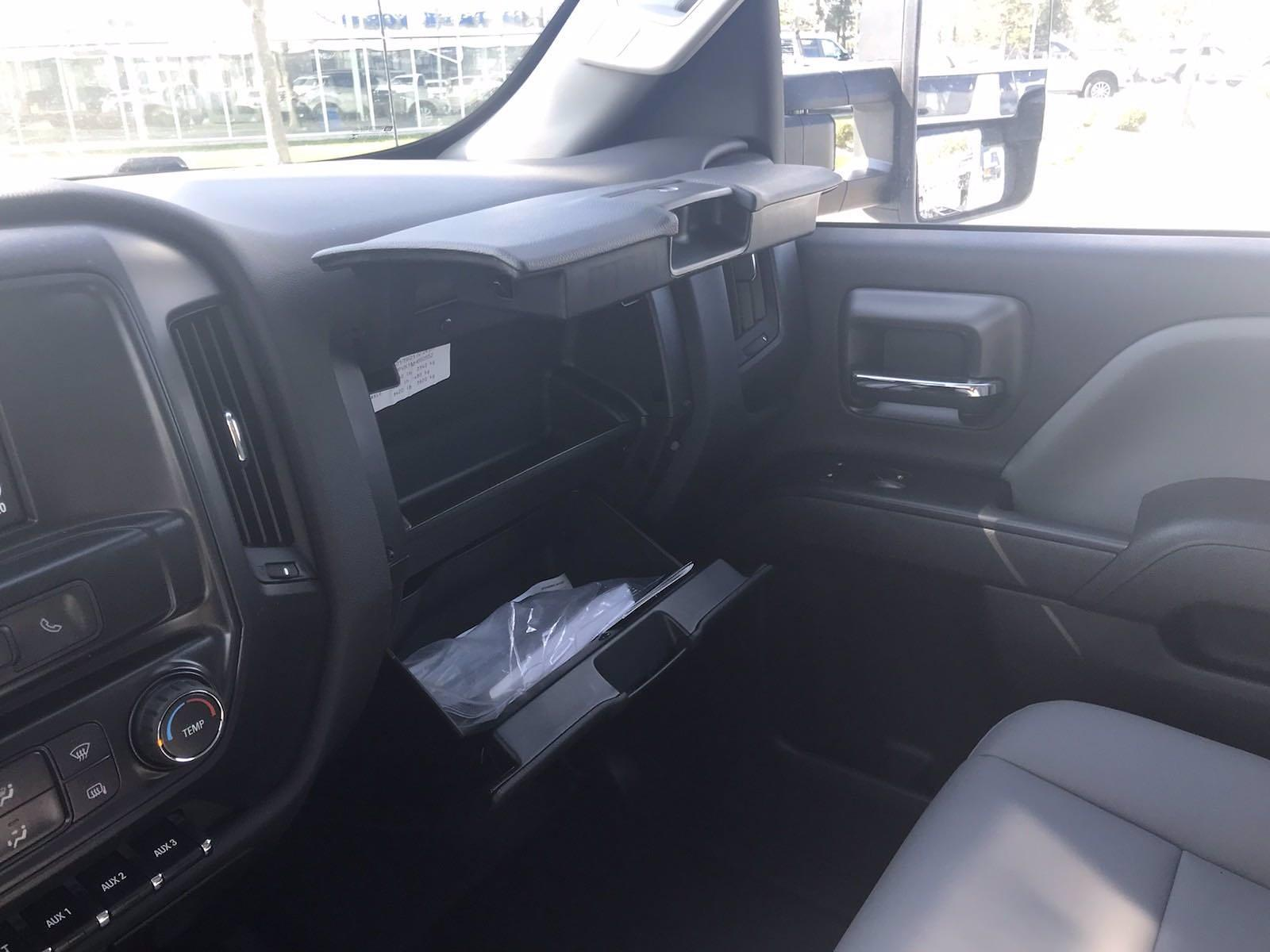 2021 Chevrolet Silverado 4500 Regular Cab DRW 4x4, Reading Panel Service Body #CN16515 - photo 44