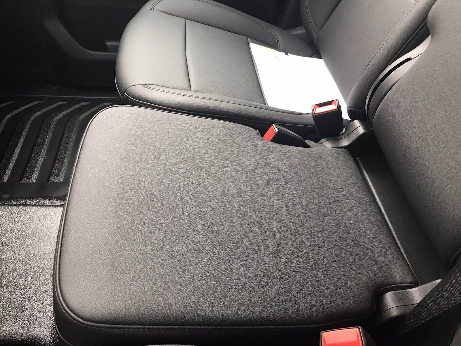 2021 Chevrolet Silverado 3500 Crew Cab AWD, Cab Chassis #CN16766 - photo 38