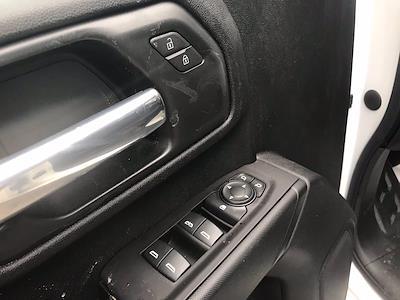 2021 Chevrolet Silverado 3500 Crew Cab AWD, Cab Chassis #CN16766 - photo 24