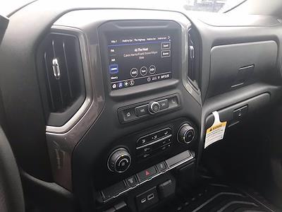 2021 Chevrolet Silverado 3500 Crew Cab AWD, Cab Chassis #CN16766 - photo 32