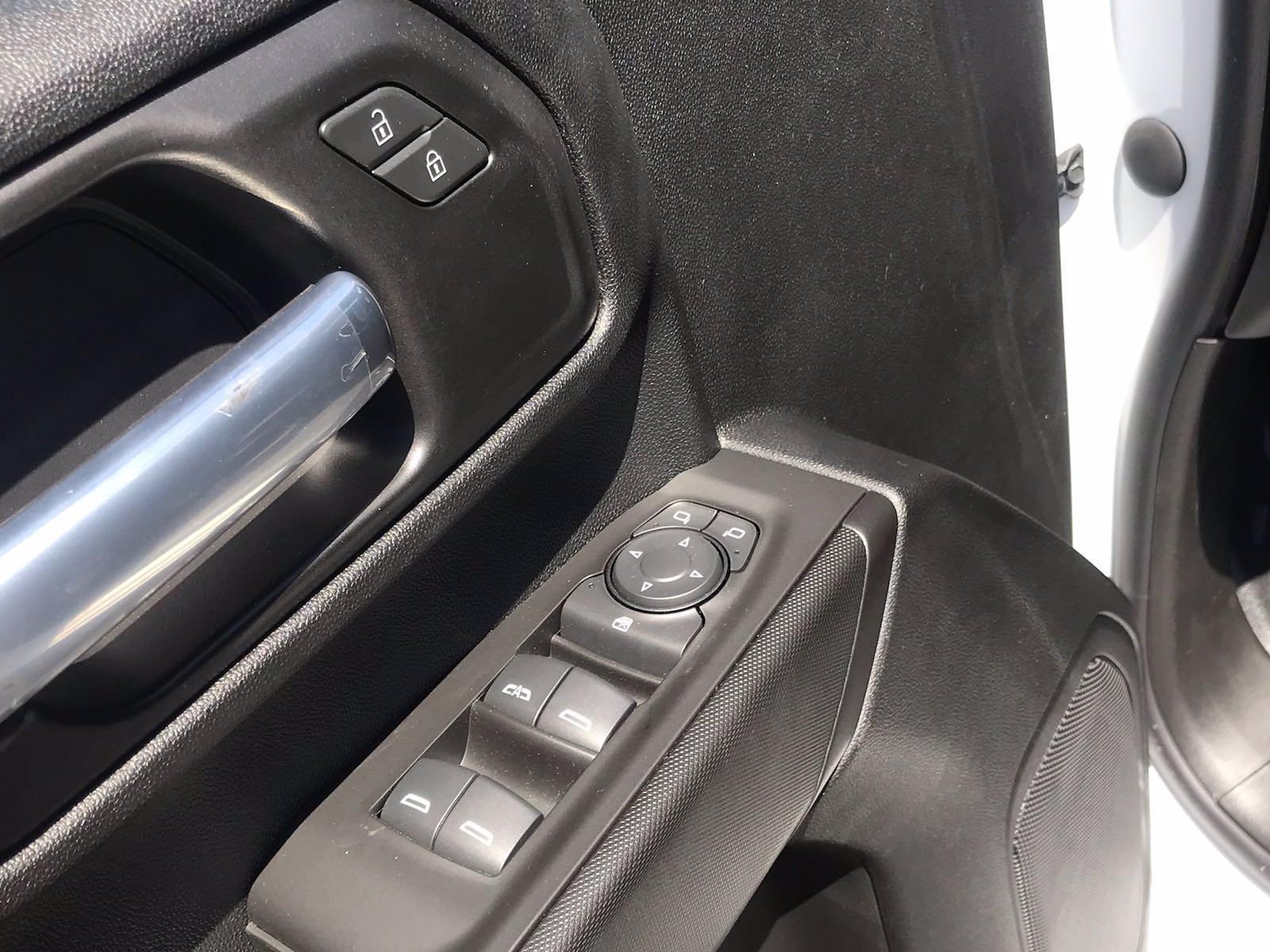 2021 Chevrolet Silverado 2500 Double Cab 4x2, Reading SL Service Body #CN16769 - photo 22