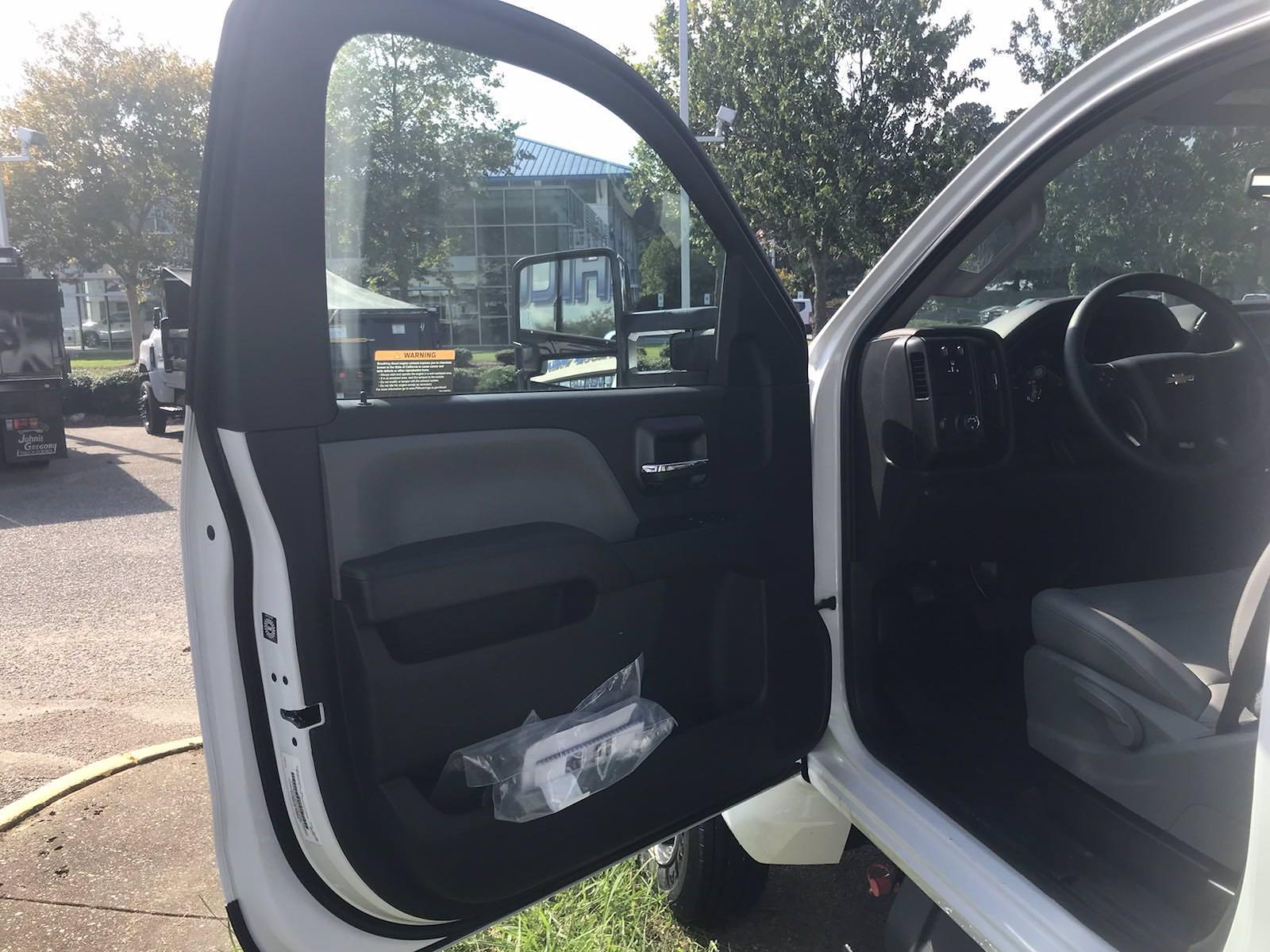 2021 Silverado 5500 Regular Cab DRW 4x2,  Crysteel E-Tipper Dump Body #CN17258 - photo 3