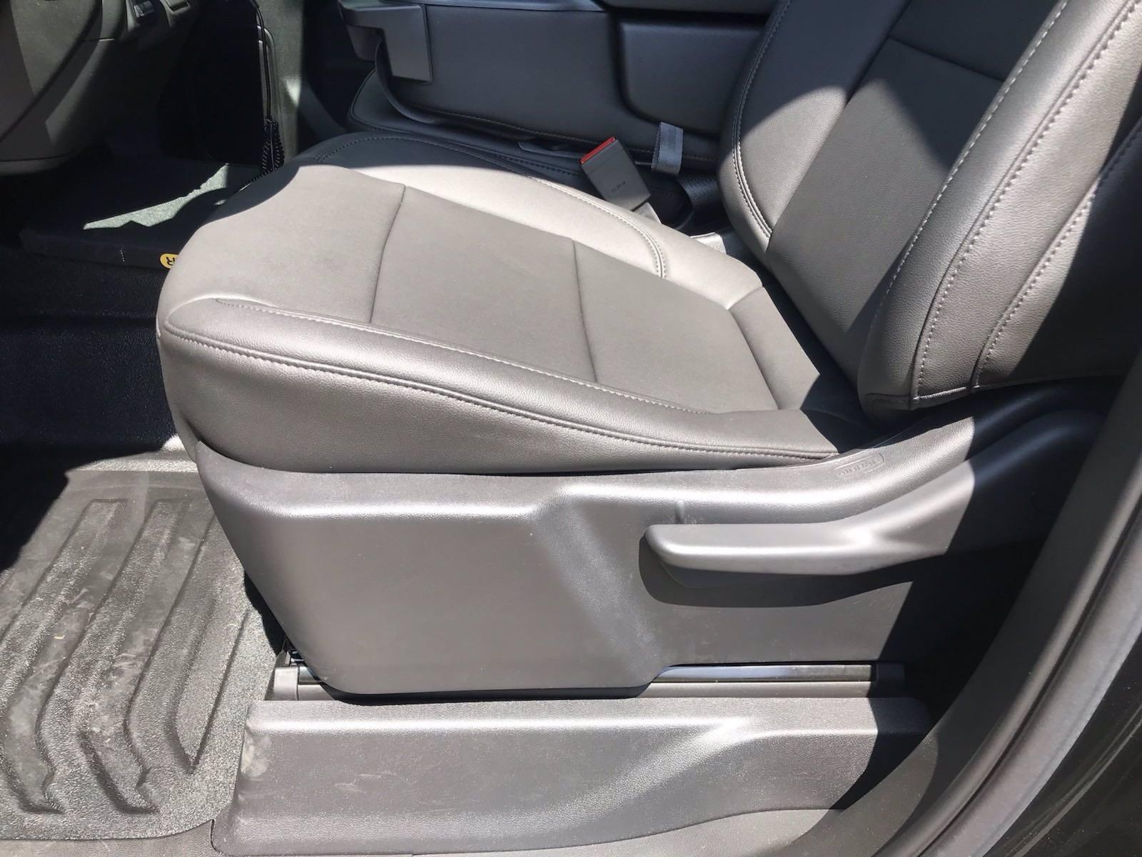 2021 Chevrolet Silverado 3500 Crew Cab AWD, Reading Classic II Steel Mechanics Body #CN17720 - photo 24