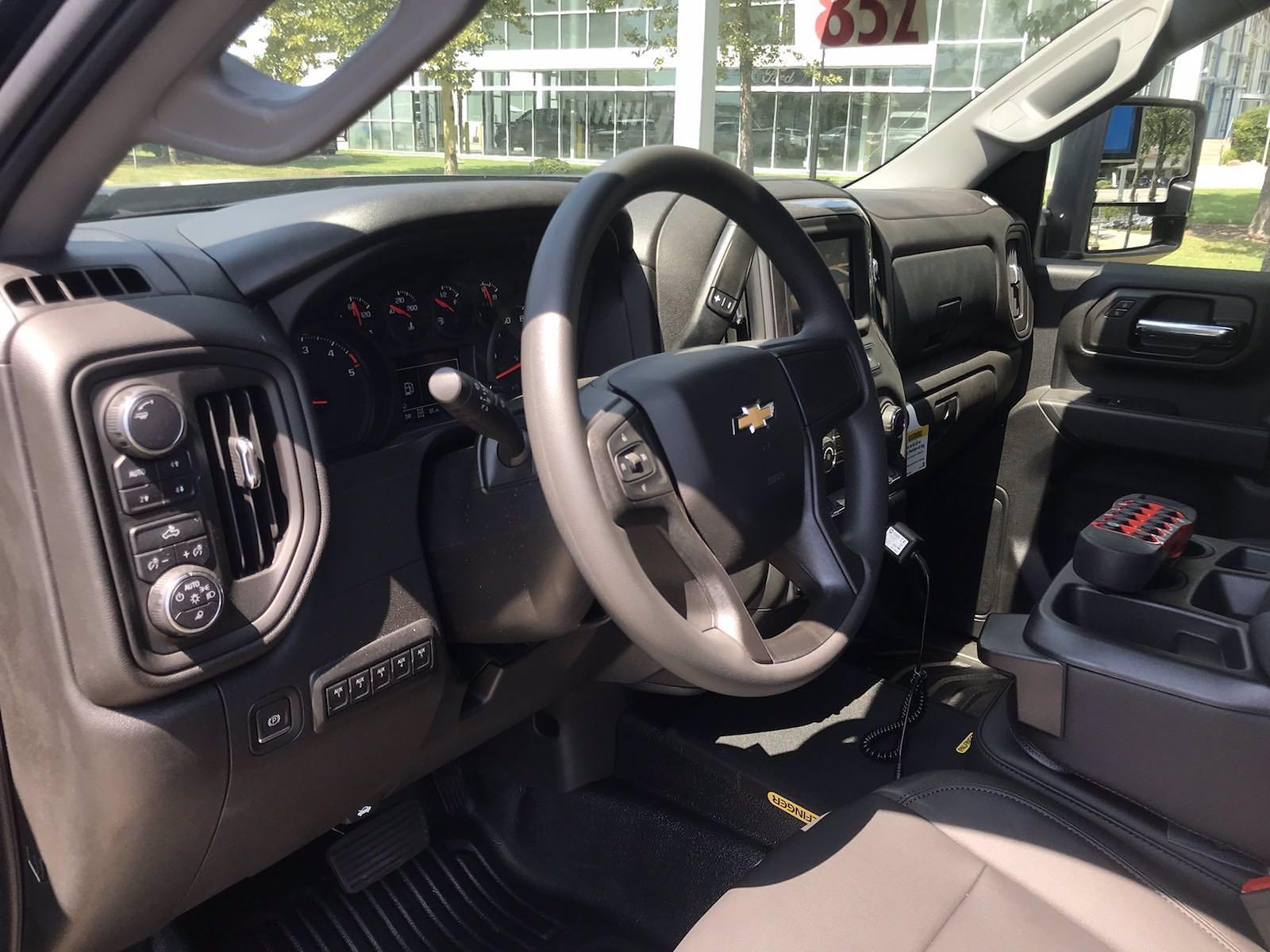 2021 Chevrolet Silverado 3500 Crew Cab AWD, Reading Classic II Steel Mechanics Body #CN17720 - photo 26