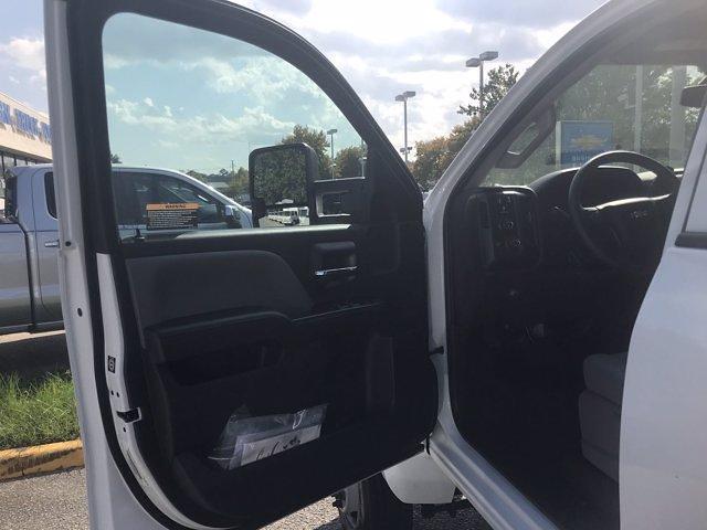 2021 Silverado 5500 Crew Cab DRW 4x4,  Morgan Truck Body LandscaperPRO Landscape Dump #CN18125 - photo 27