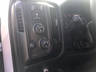 2021 Silverado 5500 Crew Cab DRW 4x4,  Morgan Truck Body LandscaperPRO Landscape Dump #CN18125 - photo 32