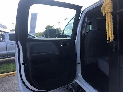 2021 Silverado 5500 Crew Cab DRW 4x4,  Morgan Truck Body LandscaperPRO Landscape Dump #CN18125 - photo 46