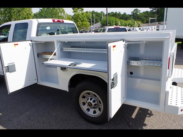 2018 Silverado 3500 Double Cab 4x2,  Reading SL Service Body #CN85921 - photo 15