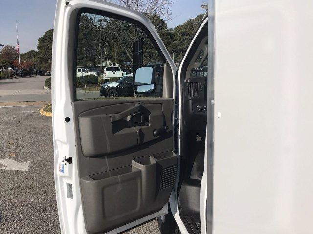 2018 Express 3500 4x2,  Supreme Cutaway Van #CN87241 - photo 23