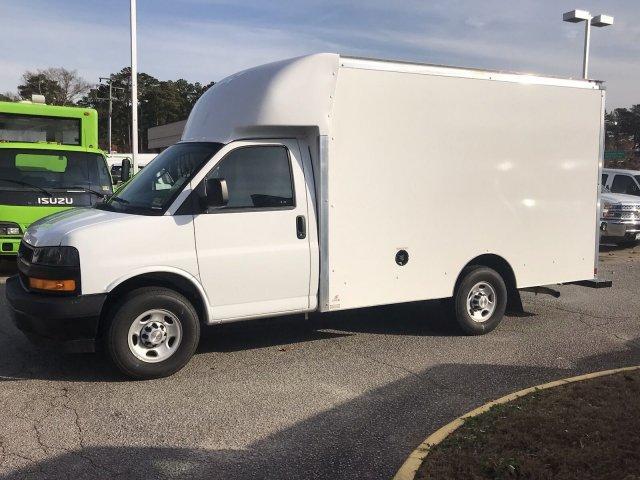 2018 Express 3500 4x2,  Supreme Cutaway Van #CN87241 - photo 5