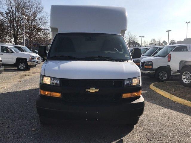 2018 Express 3500 4x2,  Supreme Cutaway Van #CN87242 - photo 3